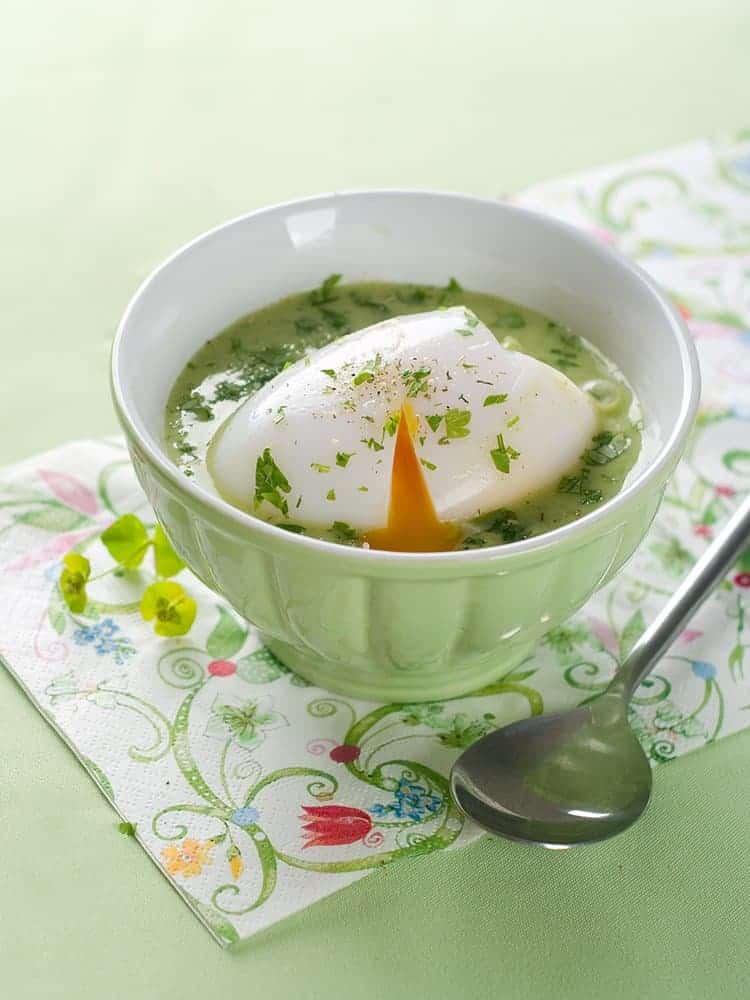 rezept lauch spinat suppe mit ei. Black Bedroom Furniture Sets. Home Design Ideas