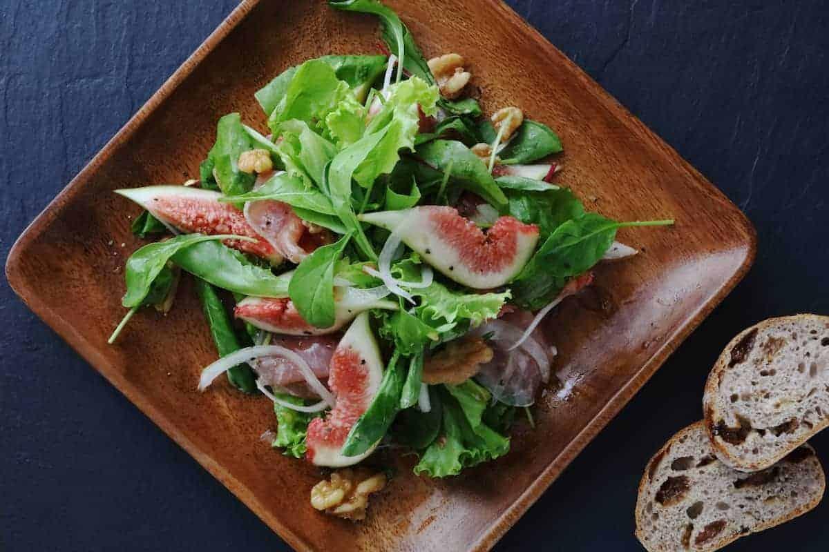 Salat mit Feigen