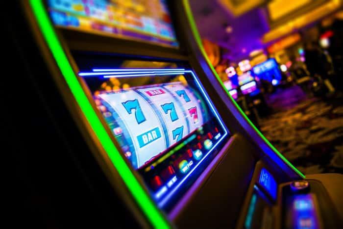 Ein Automat in einer Spielbak