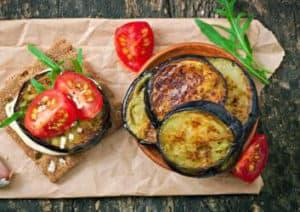 Mediterranes Auberginen Frühstück