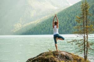 Yoga am Gebirgssee - Mitten in der Natur -Yoga für Einsteiger