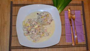 Ayurvedisches Ananashühnchen auf Kokosreis