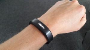 Schwarzes Fitness Armband der Marke Garmin Vivosmart