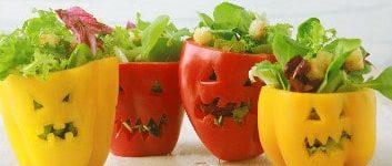 gruselige paprikas mit salatfüllung