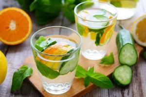 Gesunde Getränke: Erfrischung ohne viele Kalorien.