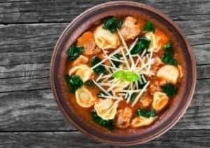 tortellini-suppe